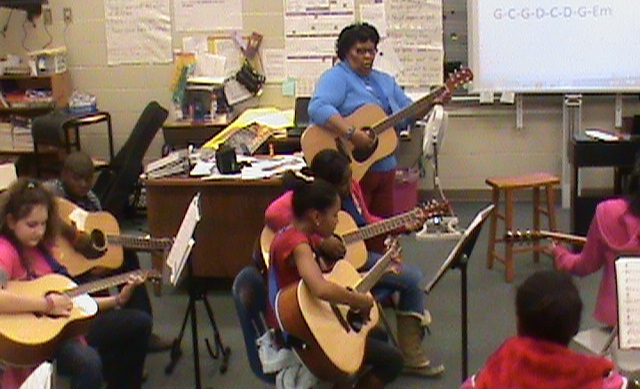 Riverside Middle Receives $3,500 Music Grant