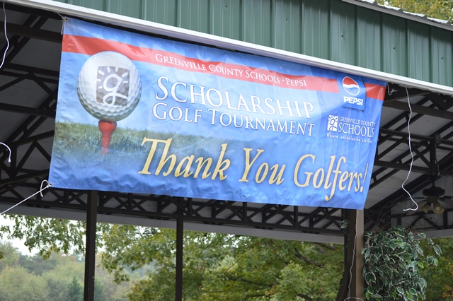 "photo of large poster - ""thank you golfers"""
