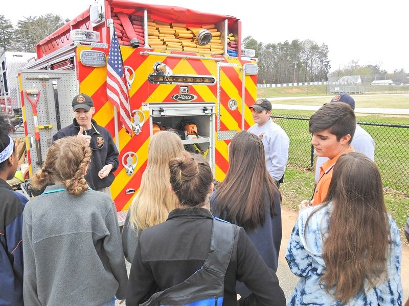 Sevier Middle College and Career Fair - Photo 6