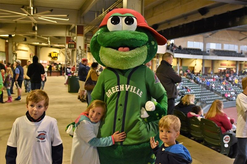Students with Greenville Drive mascot - Photo 1