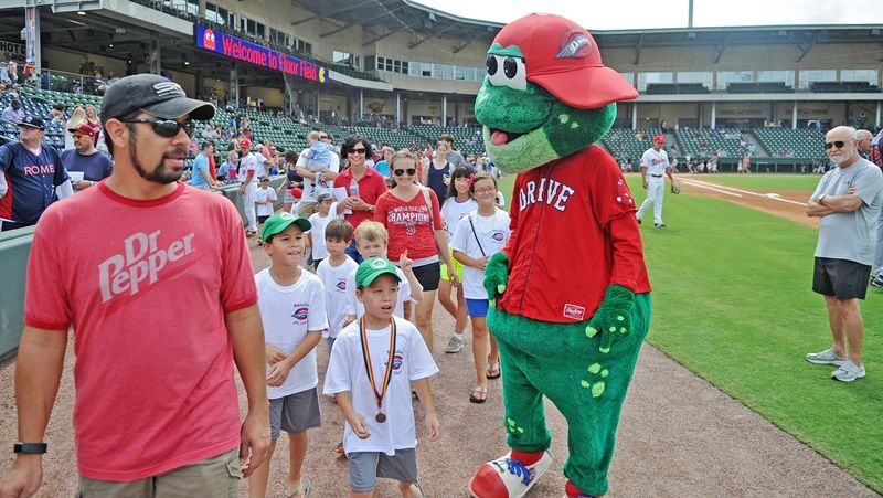 Students with Greenville Drive mascot - Photo 3