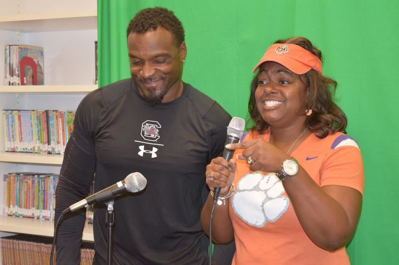College Colors Day Photo 6