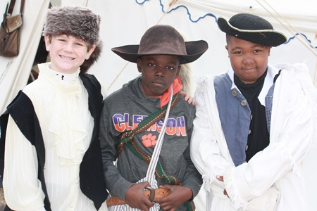 4th Graders dress up for Colonial Day